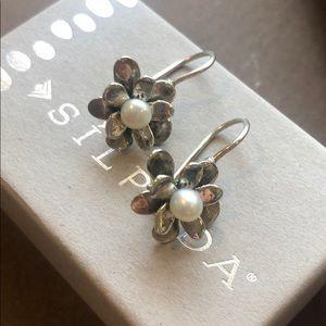 Silpada Love Blooms pearl earrings